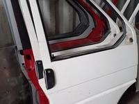 Двери на Volkswagen t4 за 18 000 тг. в Караганда