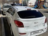 Chevrolet Cruze 2012 года за 3 500 000 тг. в Атырау – фото 3