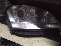 Правая фара Mercedes ML w164 за 120 000 тг. в Алматы