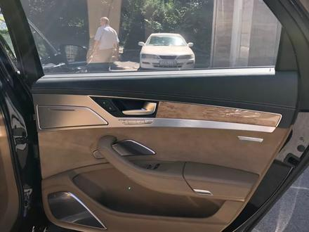 Audi A8 2011 года за 13 900 000 тг. в Алматы – фото 10