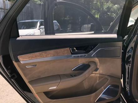 Audi A8 2011 года за 13 900 000 тг. в Алматы – фото 11