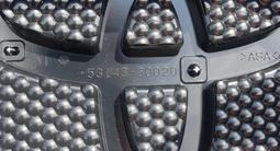Решетка радиатора на LC PRADO 150 (2013 — 2020 г/в) за 105 000 тг. в Алматы – фото 5