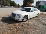 Chrysler 300C 2006 года за 3 800 000 тг. в Талдыкорган – фото 2