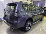 Toyota Land Cruiser Prado Prestige 4.0 2021 года за 36 500 000 тг. в Алматы – фото 3