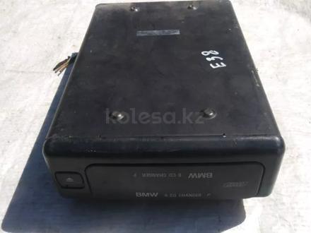 CD-changer БМВ за 25 000 тг. в Алматы – фото 5