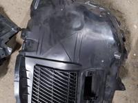 Подкрыльник переднего правого колеса, передняя часть на BMW 7 серии… за 40 000 тг. в Алматы