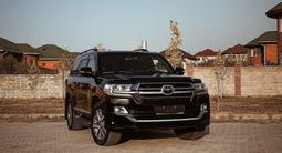 Toyota Land Cruiser 2019 года за 36 000 000 тг. в Алматы