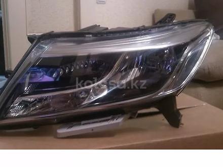 Фара головного света. Nissan Pathfinder r52 за 75 000 тг. в Алматы