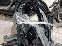 Передний правый подкрыльник gs300-350 за 18 000 тг. в Алматы