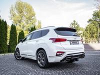 Hyundai Santa Fe 2020 года за 14 800 000 тг. в Алматы
