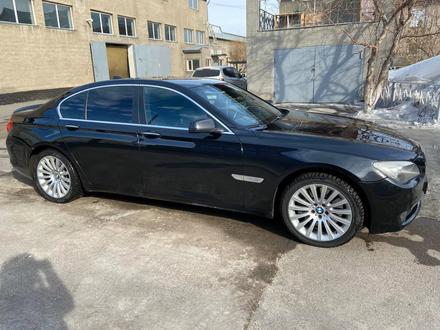 BMW 740 2009 года за 7 500 000 тг. в Нур-Султан (Астана) – фото 2