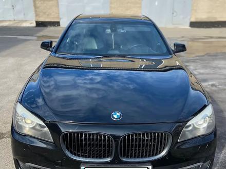 BMW 740 2009 года за 7 500 000 тг. в Нур-Султан (Астана) – фото 3