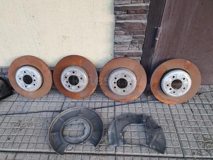 Тормозные диски комплект, суппорта BMW 535i E60 за 50 000 тг. в Алматы – фото 5