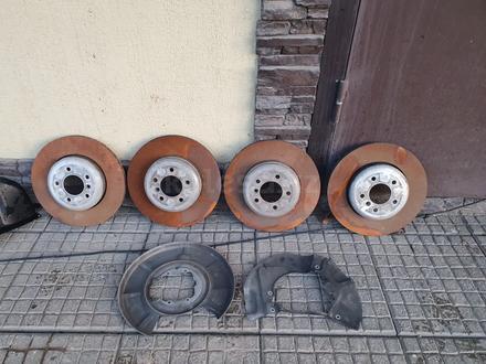 Тормозные диски комплект, суппорта BMW 535i E60 за 50 000 тг. в Алматы – фото 6