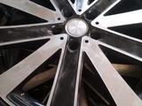 Диски 19 разноширокие с летней резиной на Тойота за 170 000 тг. в Алматы