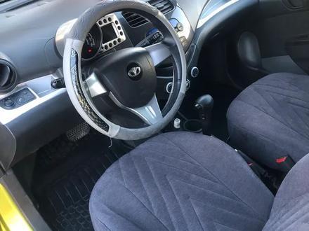 Chevrolet Spark 2010 года за 2 600 000 тг. в Шымкент – фото 3