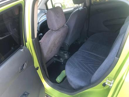 Chevrolet Spark 2010 года за 2 600 000 тг. в Шымкент – фото 6