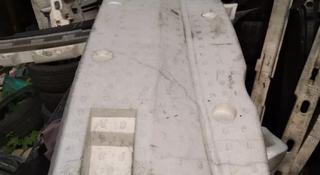Уплотнитель заднего бампера на Infiniti FX 35 за 1 000 тг. в Алматы