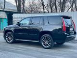Cadillac Escalade 2019 года за 29 700 000 тг. в Алматы – фото 4