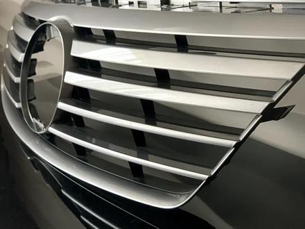 Решётка радиатора на Lexus GS 300 за 45 000 тг. в Алматы – фото 5