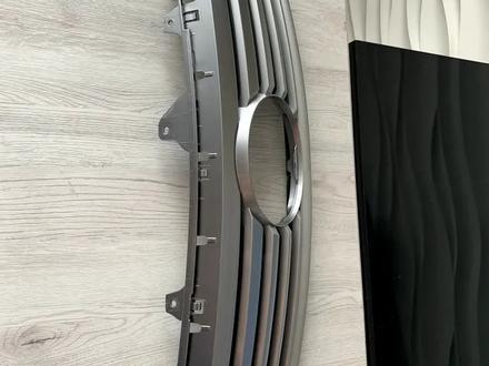 Решётка радиатора на Lexus GS 300 за 45 000 тг. в Алматы – фото 6