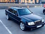 Mercedes-Benz E 220 1994 года за 4 500 000 тг. в Алматы – фото 2