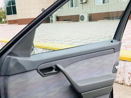 Mercedes-Benz C 200 1997 года за 2 500 000 тг. в Жанаозен – фото 30