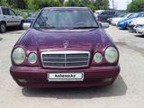 Mercedes-Benz E 230 1996 года за 1 800 000 тг. в Алматы