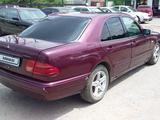 Mercedes-Benz E 230 1996 года за 1 800 000 тг. в Алматы – фото 2