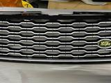 Решетка радиатора на Range Rover за 125 000 тг. в Алматы – фото 3