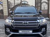 Toyota Land Cruiser 2017 года за 28 000 000 тг. в Алматы