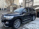 Toyota Land Cruiser 2017 года за 28 000 000 тг. в Алматы – фото 2