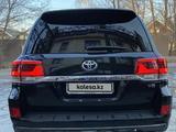 Toyota Land Cruiser 2017 года за 28 000 000 тг. в Алматы – фото 4