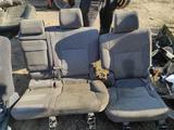 Сидение передний левый и задний комплект тряпочный велюр серый за 60 000 тг. в Алматы – фото 5