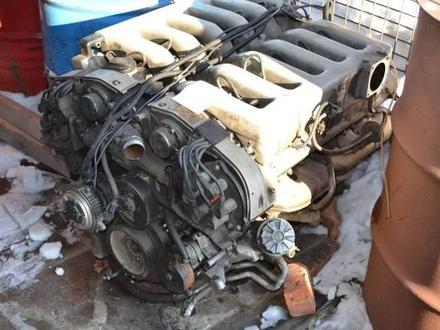 Двигатель на Mercedes E 270 за 101 010 тг. в Алматы