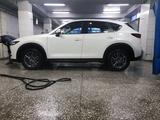 Mazda CX-5 2018 года за 10 200 000 тг. в Алматы – фото 2