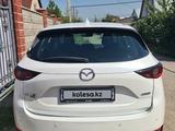 Mazda CX-5 2018 года за 10 200 000 тг. в Алматы – фото 3