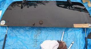 Заднее стекло багажника за 1 555 тг. в Алматы