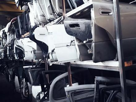 Двери на тойоту Виндом 10 кузов за 12 000 тг. в Алматы – фото 3