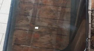 Стекло на тойота сюрф за 8 000 тг. в Алматы
