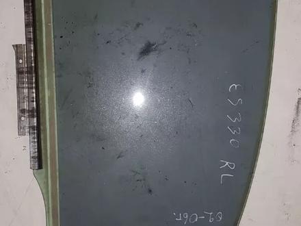 Стекло Двери Заднее Левое за 5 000 тг. в Алматы