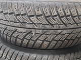 Зимние шины комплекте 285/60 R18 за 120 000 тг. в Нур-Султан (Астана)