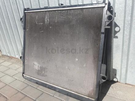 Основной радиатор на лексус ЛХ570 за 888 тг. в Алматы