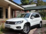Volkswagen Tiguan 2014 года за 7 200 000 тг. в Алматы – фото 3