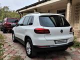 Volkswagen Tiguan 2014 года за 7 200 000 тг. в Алматы – фото 5