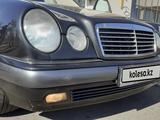 Mercedes-Benz E 320 1996 года за 3 150 000 тг. в Талдыкорган