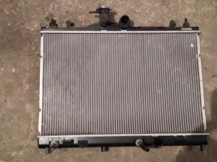 Радиатор охлаждения на Nissan Tiida c11, 1.5, 1.6 (2005 г)… за 25 000 тг. в Караганда