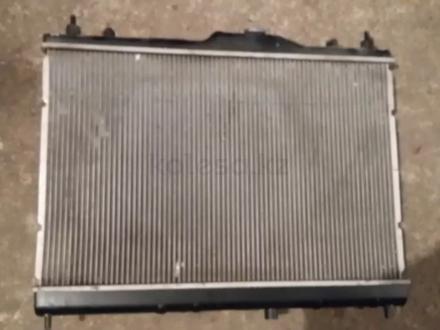 Радиатор охлаждения на Nissan Tiida c11, 1.5, 1.6 (2005 г)… за 25 000 тг. в Караганда – фото 2