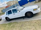 Lincoln Town Car 1992 года за 2 500 000 тг. в Петропавловск – фото 2