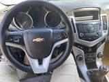 Chevrolet Cruze 2012 года за 3 400 000 тг. в Туркестан – фото 2